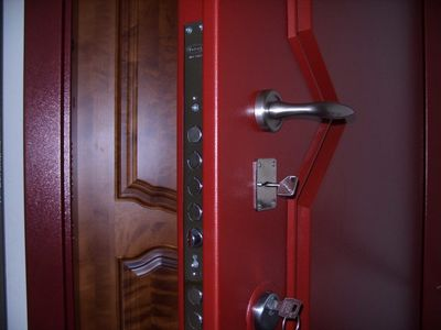 Установка входных и межкомнатных дверей. Ремонт квартир - main